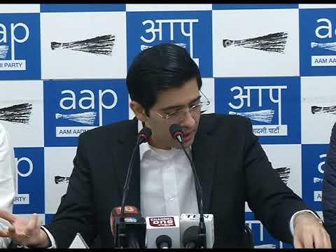 चुनाव आयुक्त ने ख़ुद माना, AAP विधायकों को आयोग ने नहीं दिया सुनवाई का मौका- AAP