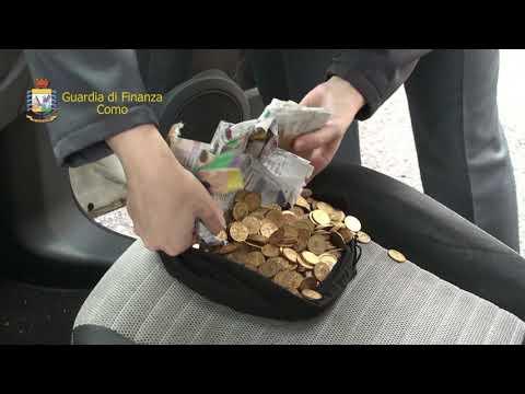 Oro e banconote nascosti in auto