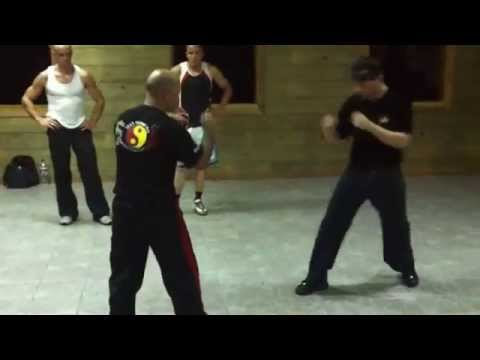Jeet Kune Do Attack by Combination
