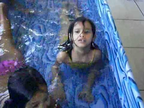 Curtição das Sereias na piscina!