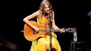 """Taylor Swift performs """"The Best Day"""" at All for the Hall Los Angeles"""