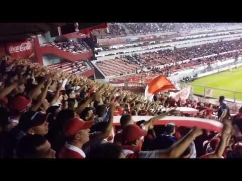 """""""""""Yo paro en la banda mas loca de todas..."""""""" Barra: La Barra del Rojo • Club: Independiente"""