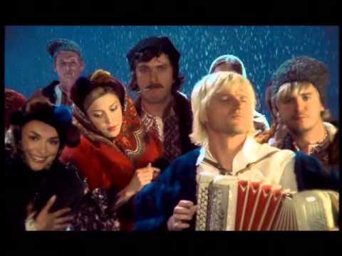 Кто поёт в фильме не было бы счастья