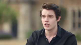 Доминик Шервуд, Dominic Sherwood - Vampire Academy Set Interviews
