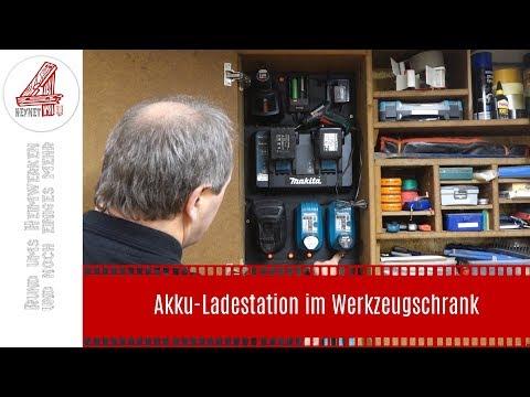 Akku-Ladestation im Werkzeugschrank