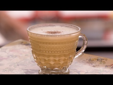 Video Clyde Common Egg Nog - The Morgenthaler Method - Small Screen