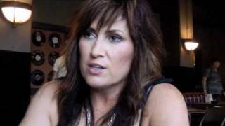Jo Dee Messina On Her New Album, Oh And Justin Bieber!
