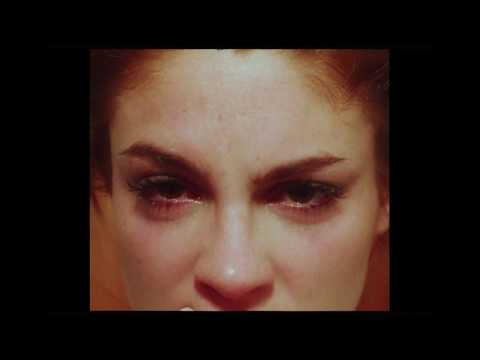 Delaossa - Lejos ft. Cruz Cafuné (Prod. Gese da O & Kiddo) HD Mp4 3GP Video and MP3