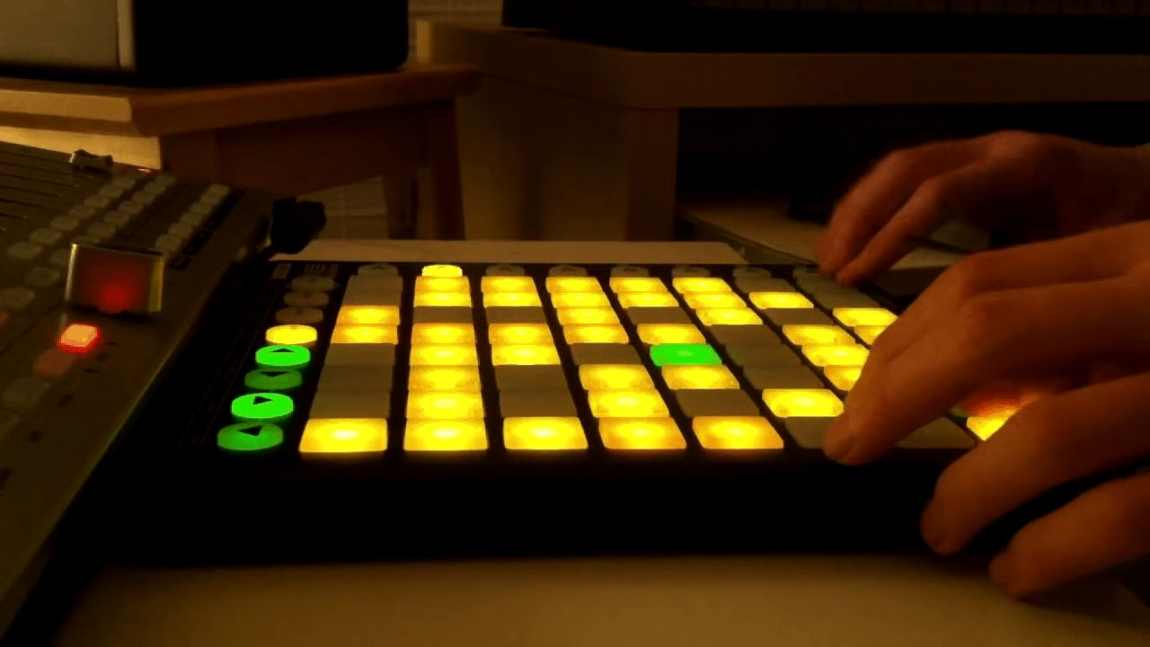 Must Watch: 39 Songs Sampled In Rockin' 3 Minute Electro Mashup