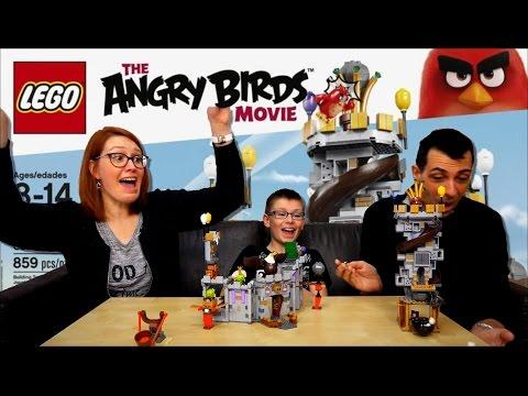 Vidéo LEGO Angry Birds 75826 : Le château du roi cochon