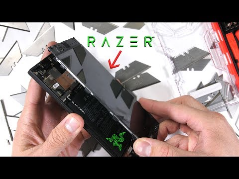 Razer Phone: Zack ci mostra cosa c'è dentro