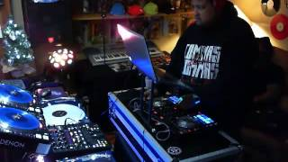 DJ Deeon - Live @ Groove ParlorRadio December 2013