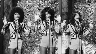THE THREE DEGREES - I Didn't Know (Live)