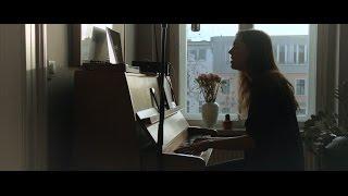 <b>Diane Birch</b>  Stand Under My Love Acoustic