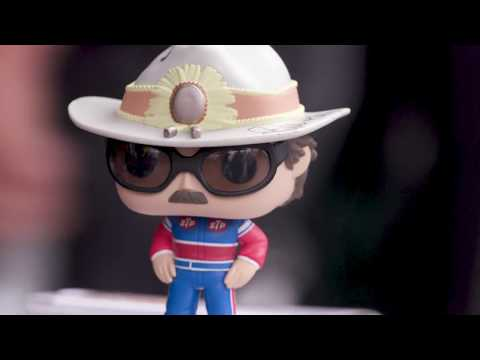 UNBOXING: Richard Petty Funko Pop! Figurine