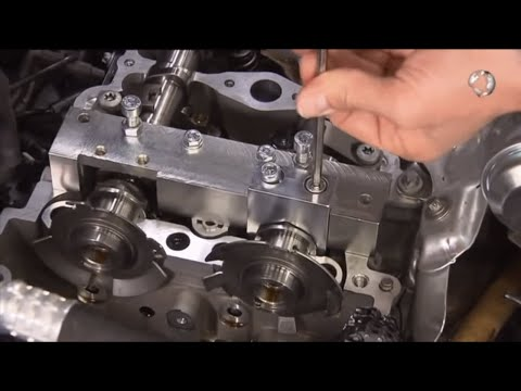 Фото к видео: Mercedes-Benz Engine M270 Camshaft & Timing Chain Replacement