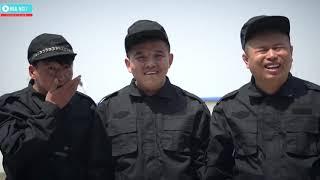 Ba Tiện Khách Khôi Hài
