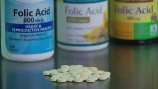 Folic Acid Early in Pregnancy Reduces Risk of Autism