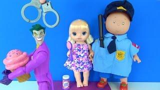 Joker Baby Alive'ın dondurmasını alıyor Polis Caillou yakalıyor - Cadı Maşa'ya su veriyor
