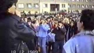 preview picture of video 'Břeclav 1989 - revoluce 9.část - budova OV KSČ Břeclav'