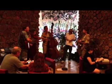 mohaska farmhouse - green earth band - 7/7/2012.MOV