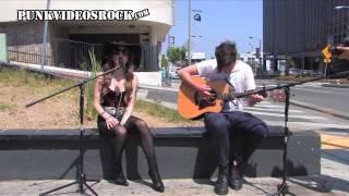 Juliet Simms - Wild Child (acoustic)