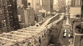 preview picture of video 'New York City - East River'
