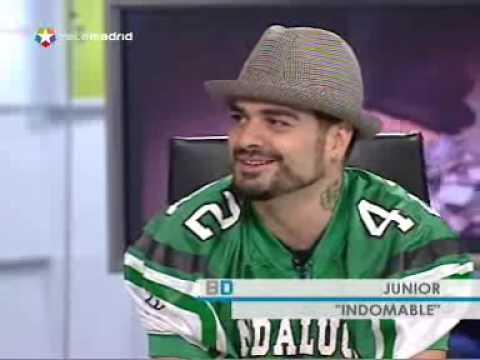 """Junior Miguez  canta """"Verde"""", presenta """"Indomable"""" y se improvisa un tema a capella"""