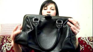Удобная черная сумка