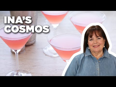 MAKE COSMOPOLITANS WITH BAREFOOT CONTESSA 🍸FOOD NETWORK