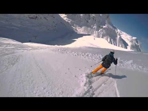 Cámara sobre caso capta a un esquiador atrapado en una avalancha