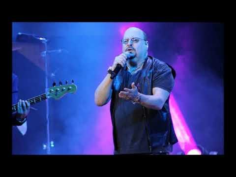 Velório de Paulinho, vocalista do Roupa Nova, é marcado por forte emoção