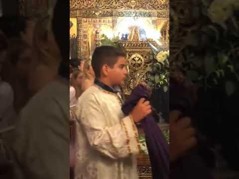 Ο Ιερός Ναός Κοιμήσεως της Θεοτόκου στις  Μενετές Καρπάθου  14 Αυγούστου 2021 Παραμονή της Παναγίας Εκατοντάδες προσκυνητές παρακολούθησαν τον Αρχιερατικό Εσπερινό χοροστατούντος του Σεβ. Μητροπολίτη κ.κ.Αμβροσίου.