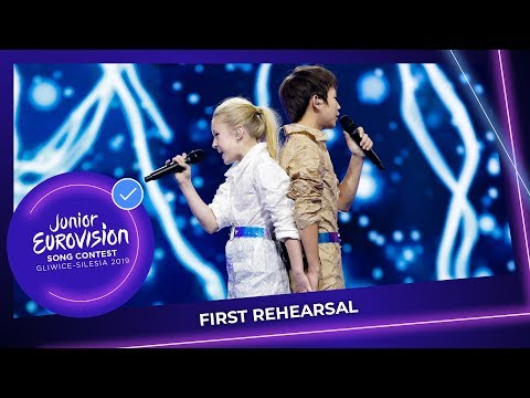 Russia 🇷🇺 - Tatyana Mezhentseva and Denberel Oorzhak - A Time For Us - First Rehearsal