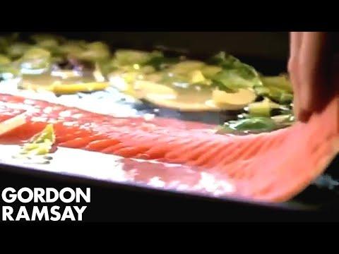 Vánoční recepty Gordona Ramsayho - Salát Nicoise
