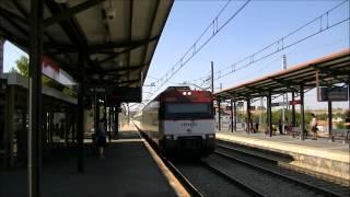 preview picture of video 'Renfe 447.176 y 447.172 entrando en Valdemoro'