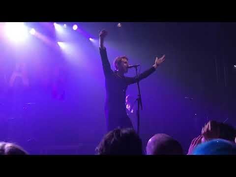 Miles Kane - LA Five Four live @ L'Epicerie Moderne (Feyzin / France)