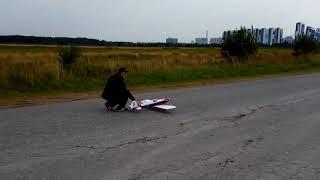Отказ радиоуправления пилотажной модели самолета двс в воздухе, краш на полном газе в землю!