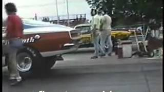 Sox   Martin 1968 Cuda Vs. Motown Missile 1971 Challenger - YouTube1
