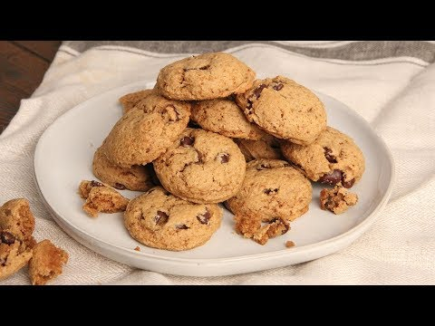 Paleo Chocolate Chip Cookies | Episode 1223