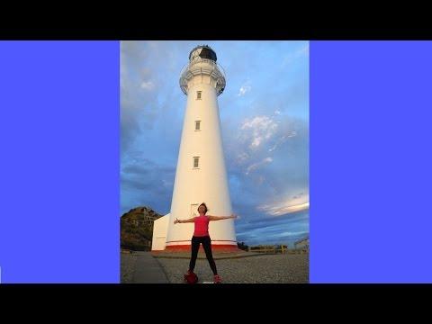 Новогодняя йога на мысе Castlepoint в Новой Зеландии