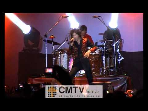 Enrique Bunbury video Llévame - Estadio Ferro 2012