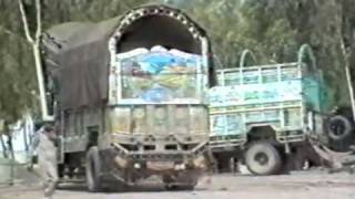 preview picture of video 'The road from Islamabad to Peshawar (Pakistan 1990)'