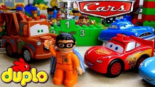 Duplo Cars Crash! Race Battle with Pixar Cars on Duplo Race Track Lightning McQueen and Duplo Man