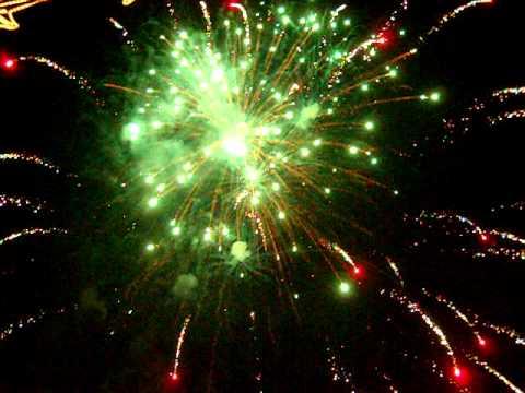 Romașcanii au sărbătorit Revelionul în stradă [VIDEO]