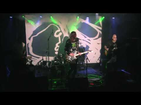 Runabout - Runabout - Funeral Flowers. Klubovna 22.10.2019