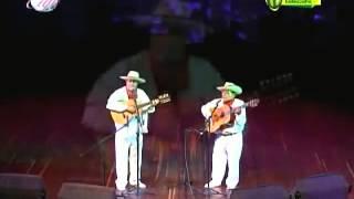 Mi tiple confidente - Dueto Arias y Liz