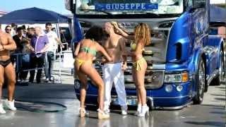 preview picture of video 'Car wash con brasiliane nel circuito di Binetto Bari'