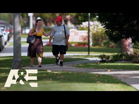 Ver vídeoBorn This Way -Angel and Cristina Discuss Marriage (Season 1, Episode 2)