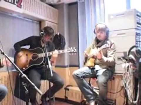 Kasabian - Shoot The Runner (Acoustic At Europe 2) Mp3
